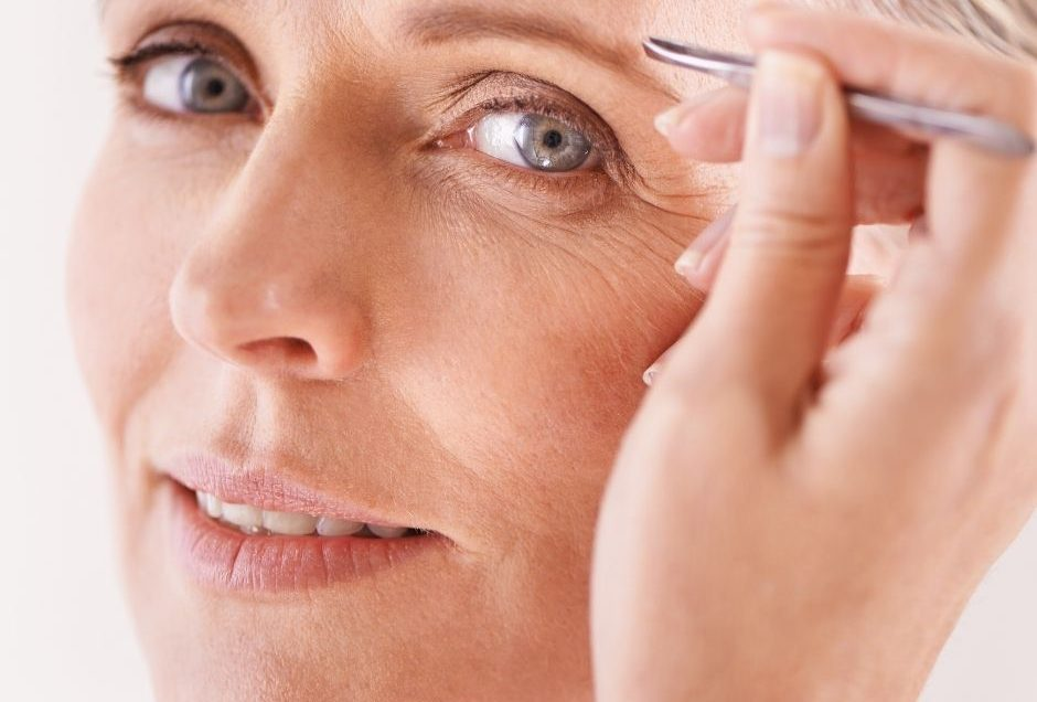 6 Shocking Things That Could Be Harming Your Eyebrows
