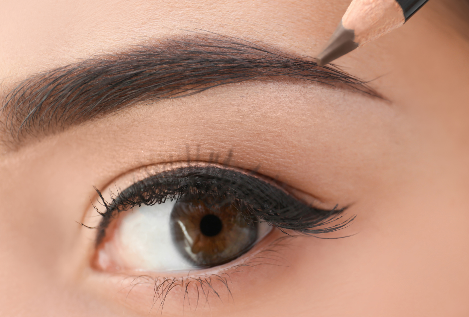 How To Cover Up Your Botched Brows While You're Waiting For Them To Grow Back